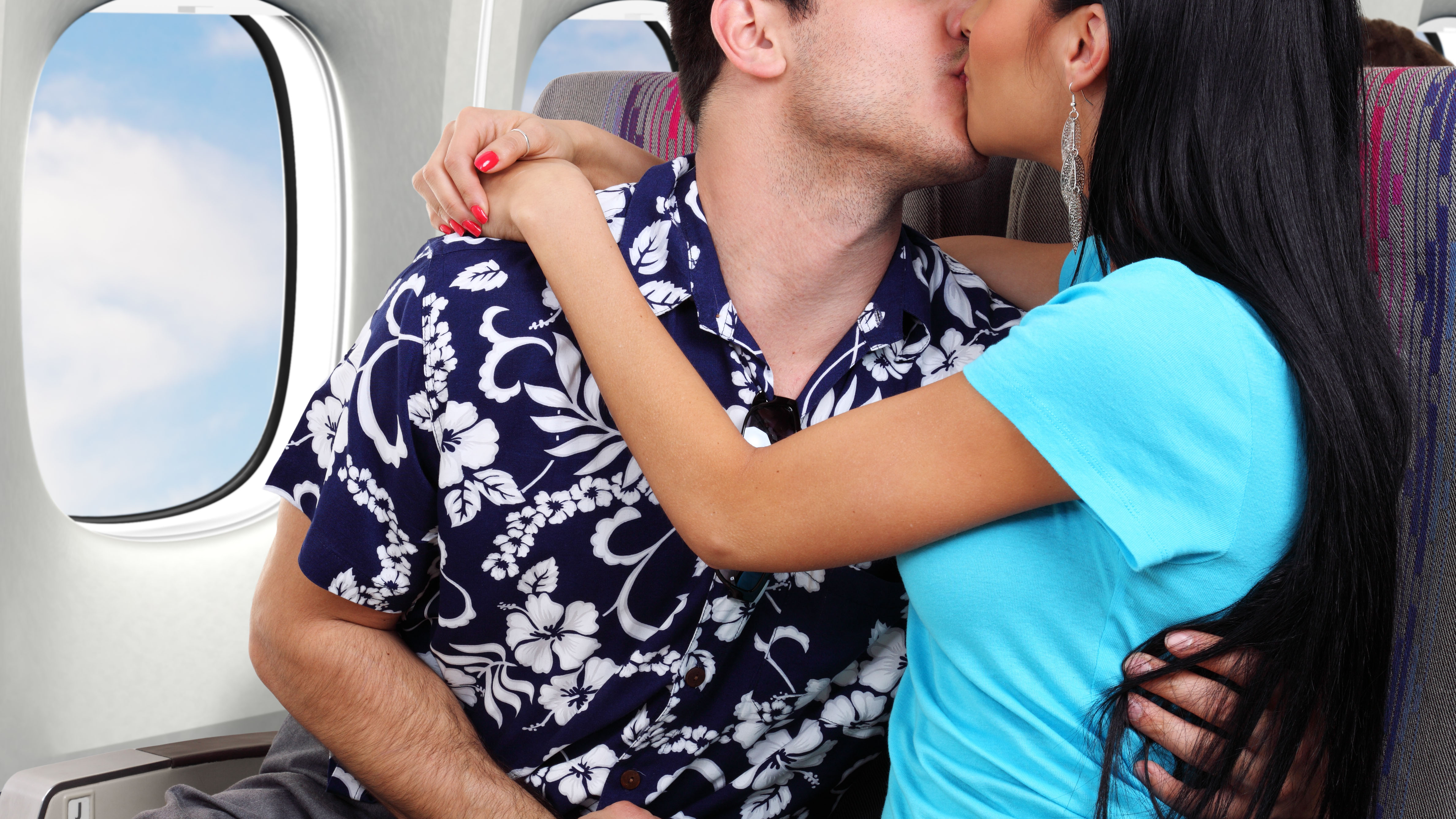 Filming of airplane passengers passionately making out deemed 'creepy' on social media