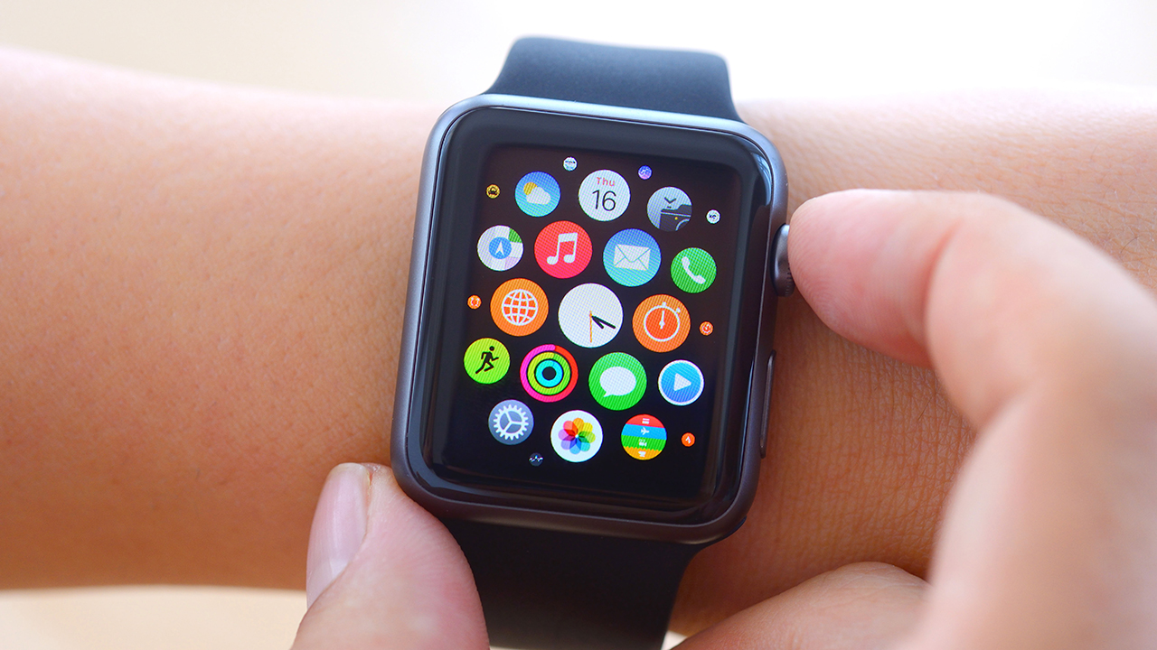 Earn money from Apple Watch, use the best maps, delete your search history and more: Tech Q&A