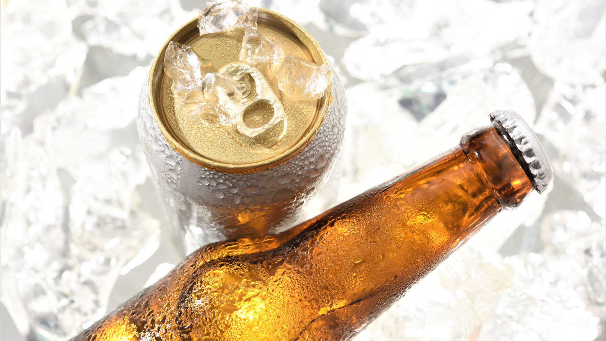 Westlake Legal Group beer-can-and-bottle Americans spend over a billion dollars on beer before the Super Bowl even starts Michael Hollan fox-news/news-events/super-bowl fox-news/food-drink/drinks/beer fox news fnc/food-drink fnc article 8cd8b72a-8e47-50ee-8917-3b70e2d1abc5