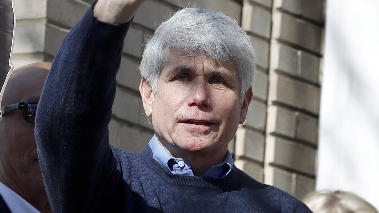Westlake Legal Group image-8 Rod Blagojevich, Anderson Cooper spar over ex-gov's record, criminal case: 'Just bulls---' fox-news/us/us-regions/midwest/illinois fox-news/us/democratic-party fox-news/us/crime fox-news/politics/justice-department fox-news/politics/judiciary/state-and-local fox-news/person/donald-trump fox-news/media fox-news/entertainment/media fox news fnc/media fnc Charles Creitz article 951e68ca-c30b-5265-9493-89533e1e96c3