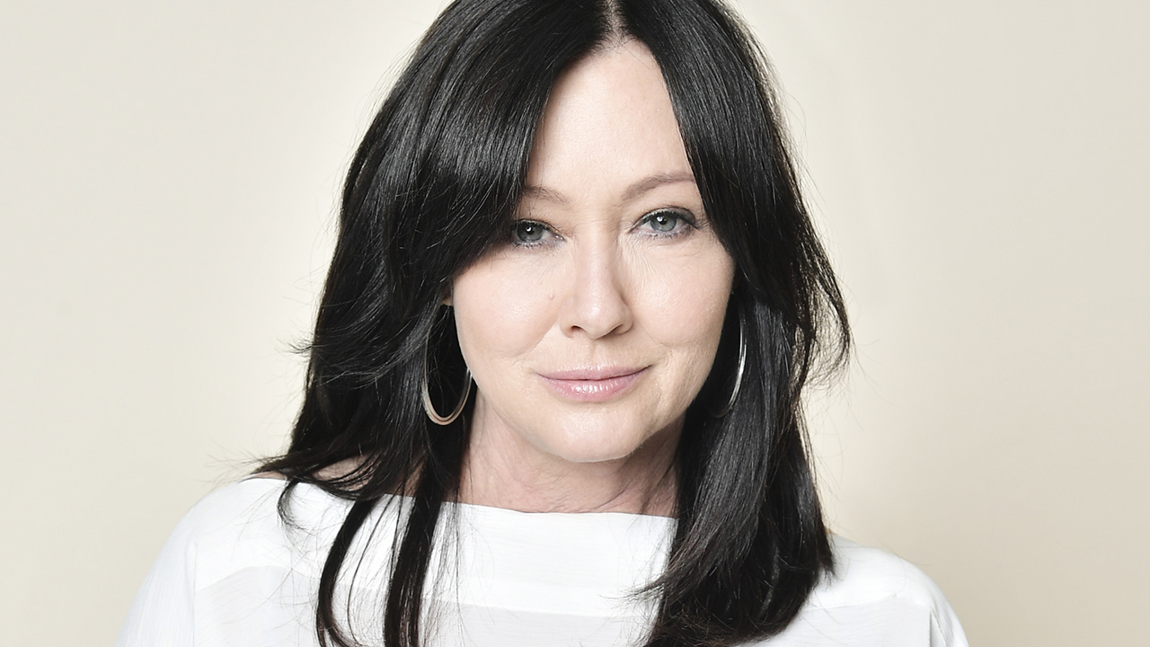 Shannen Doherty updates fans about her health journey while battling stage 4 breast cancer – Fox News