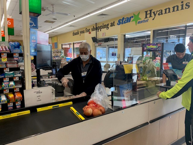 Albertsons, UCFW team up to reclassify grocery store employees as first responders during coronavirus pandemic