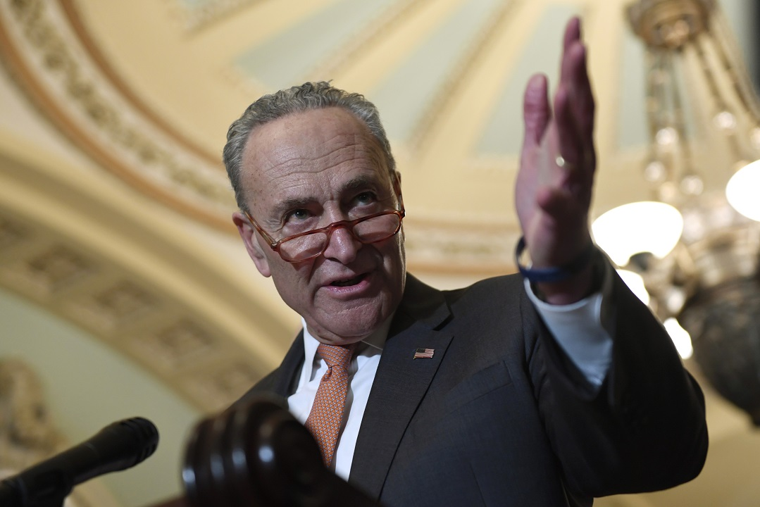 Schumer gives Trump a quick bit of advice in Twitter feud