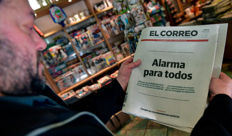 スペインのセットを発表し固定してcoronavirusケースパイクFFF面に転じた中空