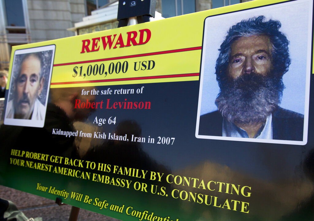 Robert Levinson's Iran death won't stop FBI from trying to find answers, Wray says