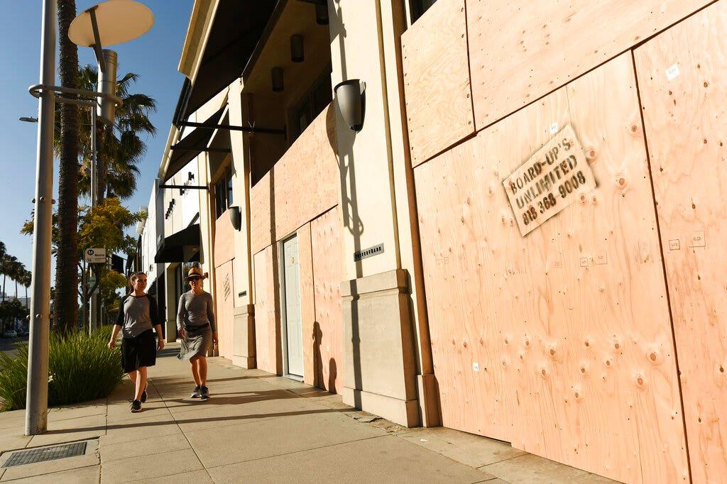 Λος Άντζελες, Σαν Φρανσίσκο δρόμους και τις τουριστικές περιοχές, σε μεγάλο βαθμό, άδειο κατά τη διάρκεια coronavirus ξέσπασμα, το βίντεο δείχνει