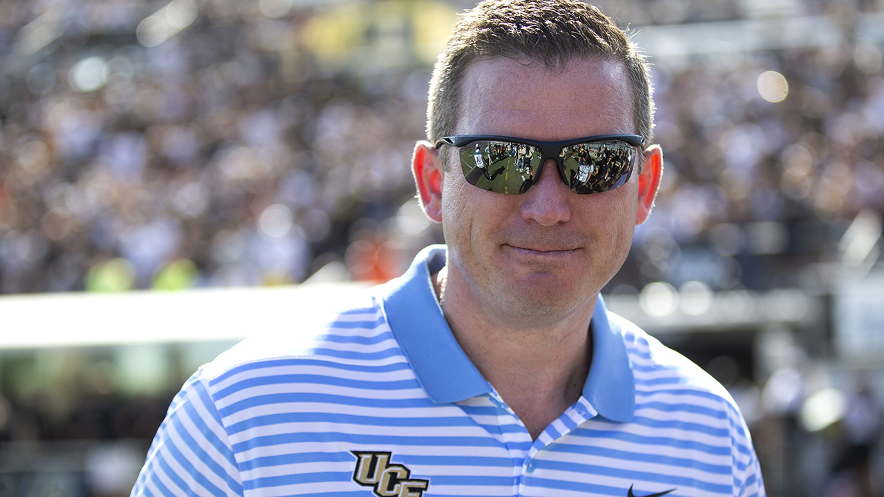 UCF AD Danny White signs 5-year deal that tops $1M annually