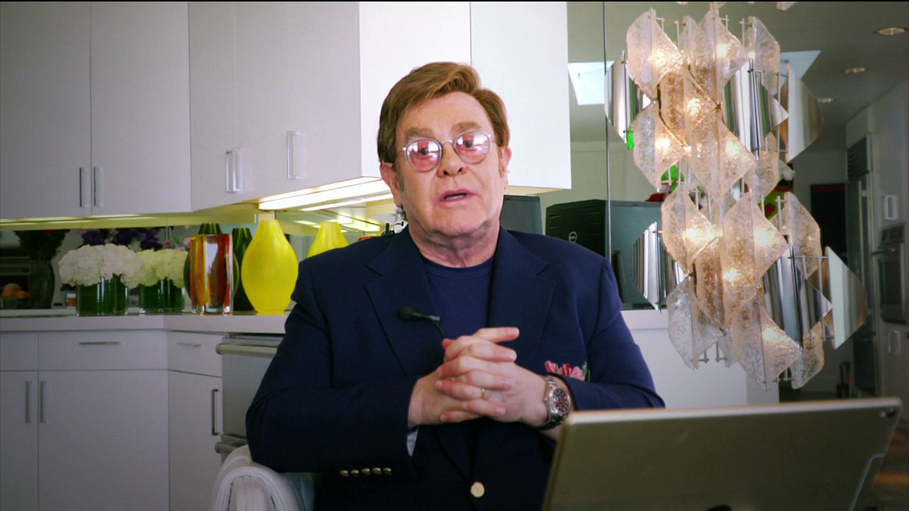 Elton John sumpah pasien AIDS yang tidak akan dilupakan di tengah coronavirus pandemi, mengungkapkan $1M janji