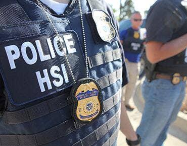 Bangladesch national schuldig plädiert, um Schmuggel, illegale Einwanderer in die USA über Mexiko
