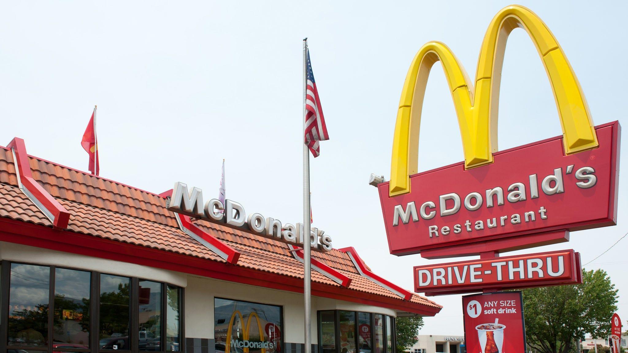 Τα mcdonald's για να κλείσετε όλα τα εστιατόρια στο ηνωμένο βασίλειο, λόγω coronavirus