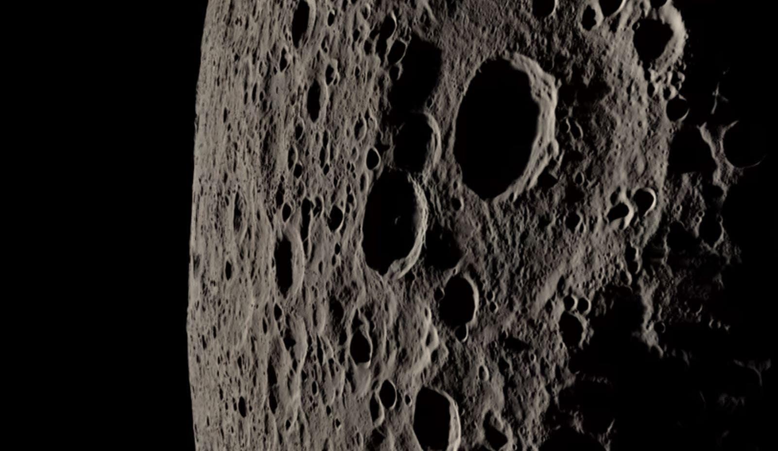 Stunning NASA video recreates Apollo 13's trip around the moon thumbnail