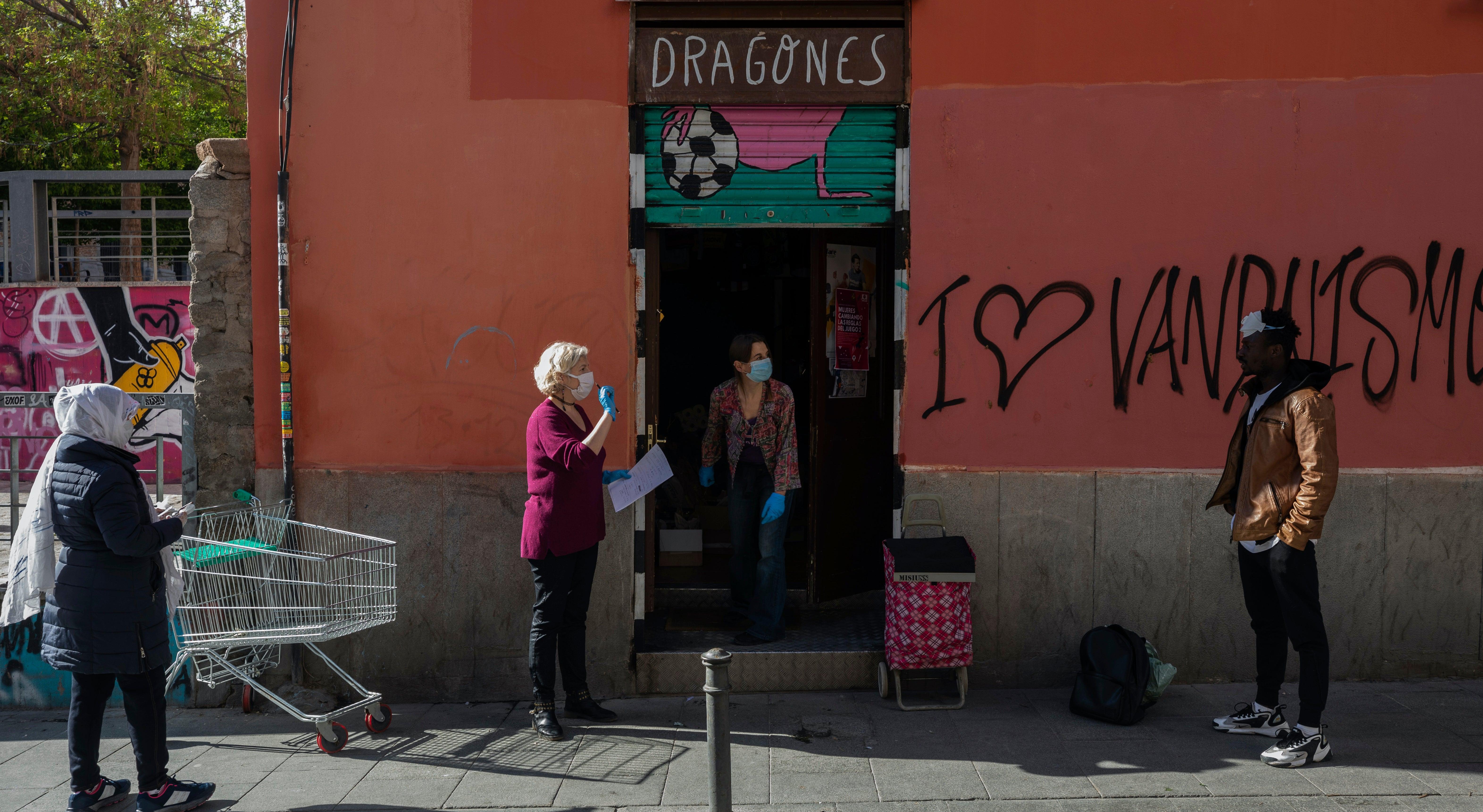 Spanien konnte sehen, starten Sie von coronavirus ablehnen, erwägt Lockerung der Beschränkungen: PM