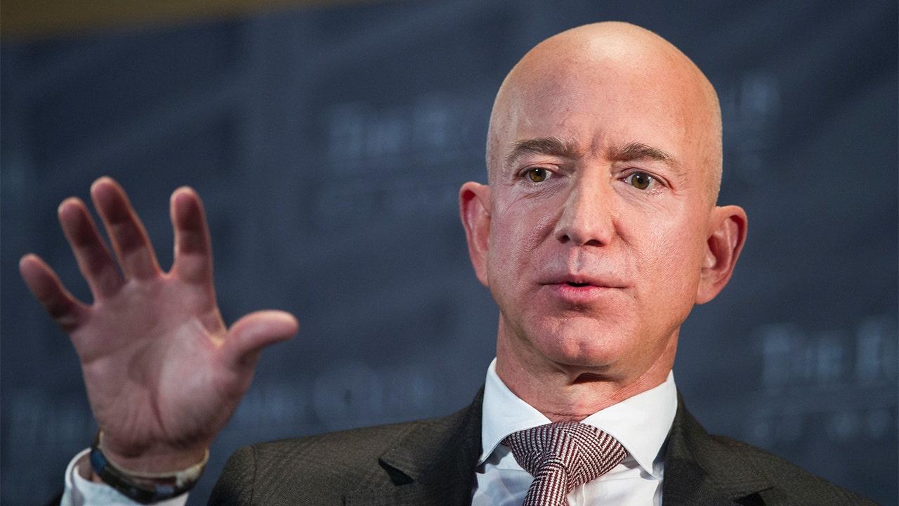 Jeff Bezos' Washington Post ignores Amazon decision to remove book on transgenderism - Fox News