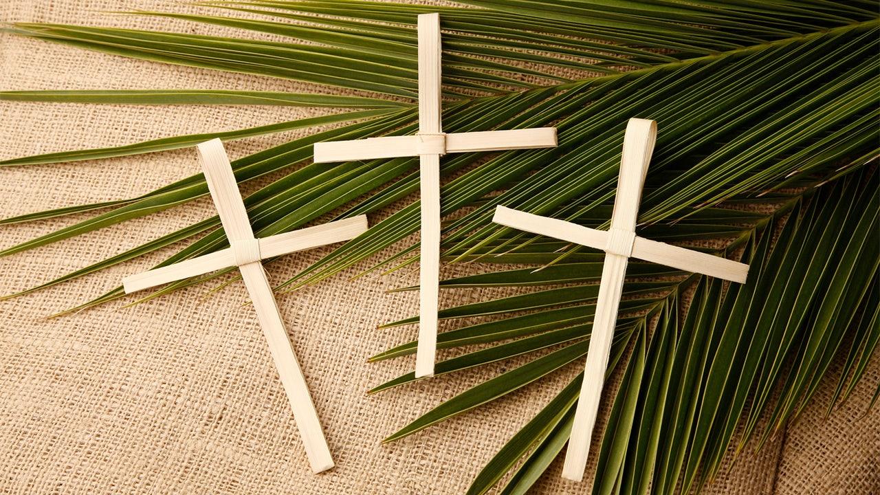 Rhode Island top Katolik nixes drive-thru minggu Palem palm distribusi lebih dari coronavirus