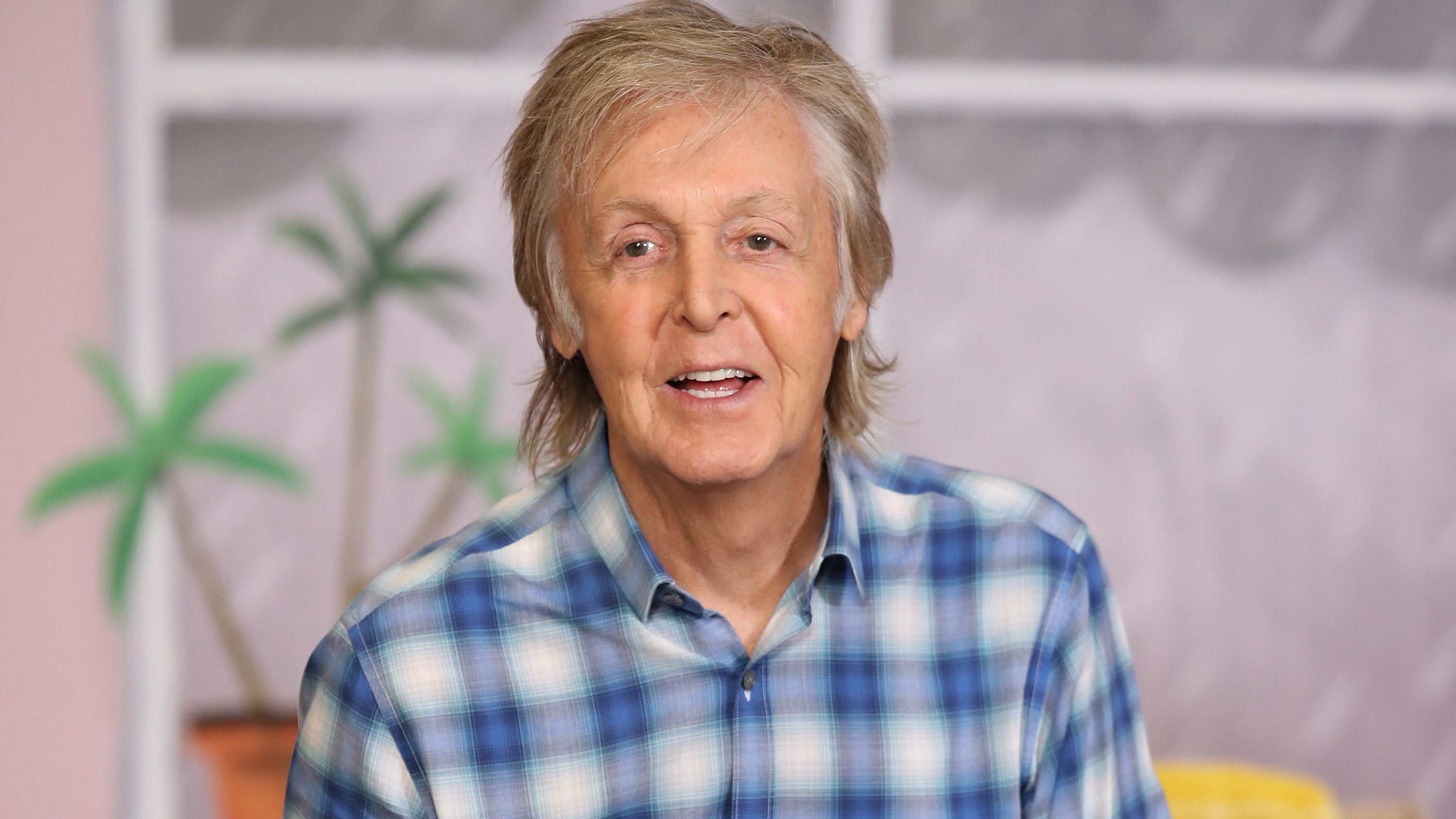Paul McCartney slams The Rolling Stones, calls them a 'blues cover band'
