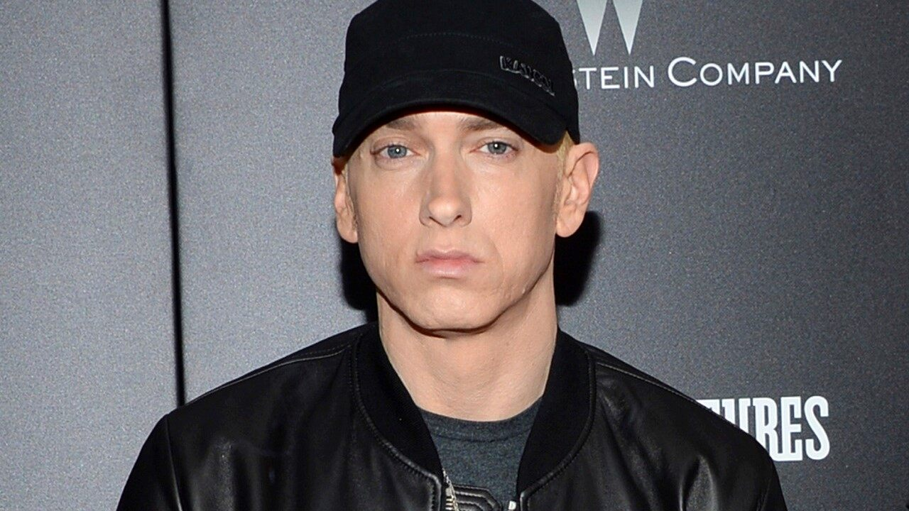 Eminem confronted, detained intruder at Detroit-area home: report - Fox News