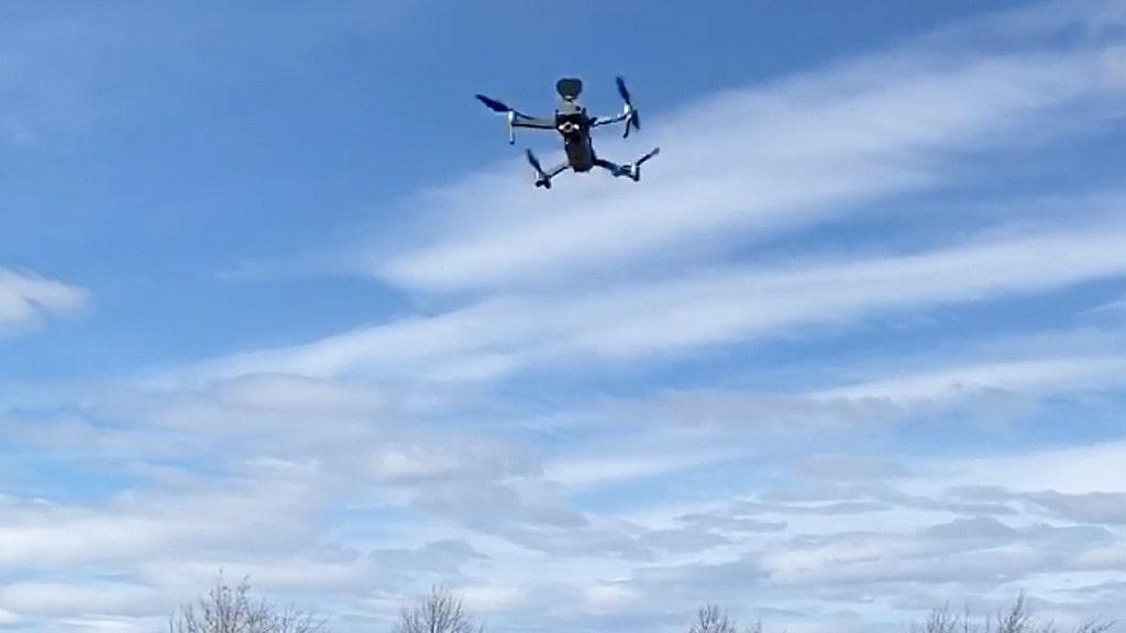 Coronavirus taji polisi untuk menyebarkan 'berbicara' drone di Florida, New Jersey untuk menegakkan jarak sosial