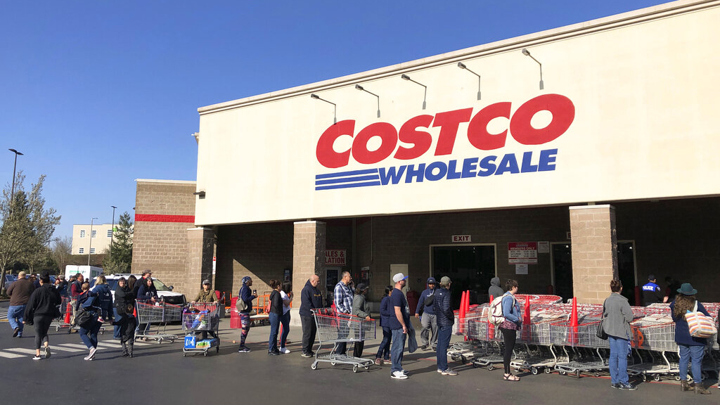 Costco may bring churros back to food court, in-store sign indicates