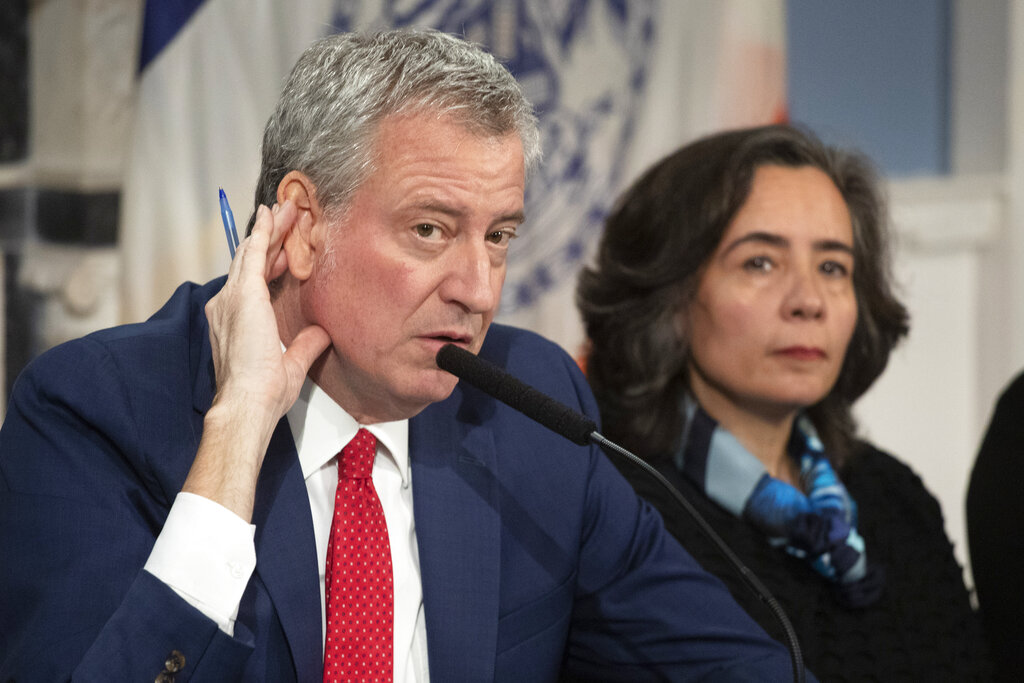 Westlake Legal Group AP20135695618188 De Blasio: NYC health commissioner won't be fired despite crass remarks about NYPD's coronavirus mask requests Vandana Rambaran fox-news/us/us-regions/northeast/new-york fox-news/us/new-york-city fox-news/us/disasters/disaster-response fox-news/us/crime/police-and-law-enforcement fox-news/person/bill-de-blasio fox-news/health/infectious-disease/coronavirus fox news fnc/us fnc d320186e-d857-56ed-8591-2d2e9496bdcc article