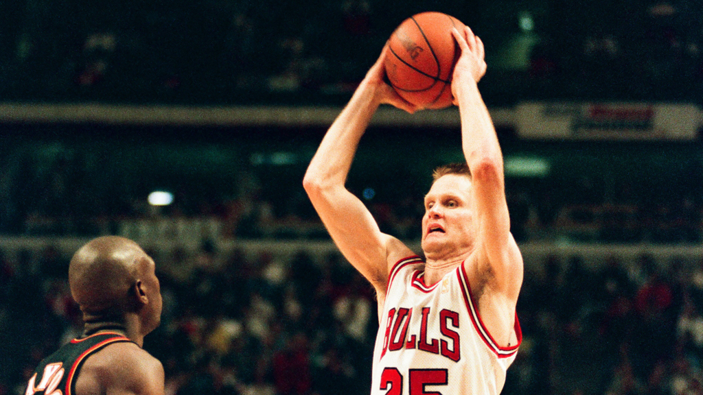Steve Kerr của các chiến binh tin rằng sự nghiệp NBA thành công với Michael Jordan: 'Tôi nợ anh ấy mọi thứ'