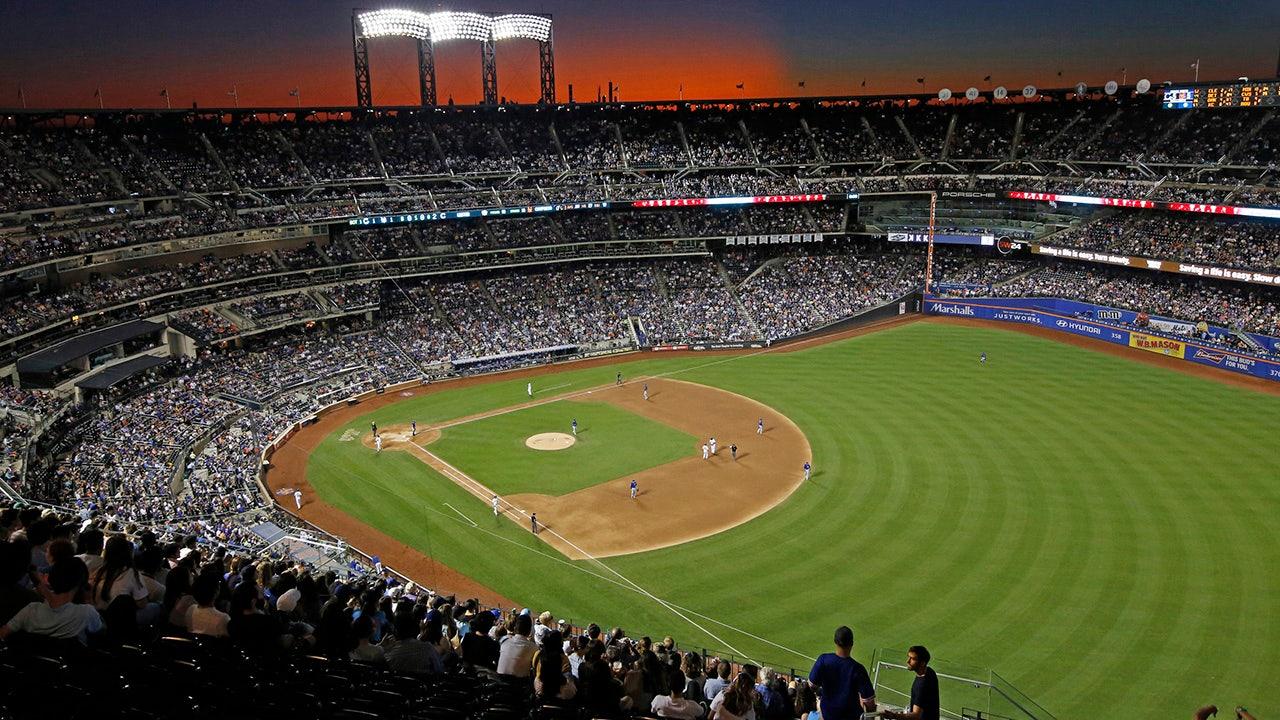 31 người chơi MLB, 7 nhân viên kiểm tra dương tính với COVID-19, hoặc 1,2%