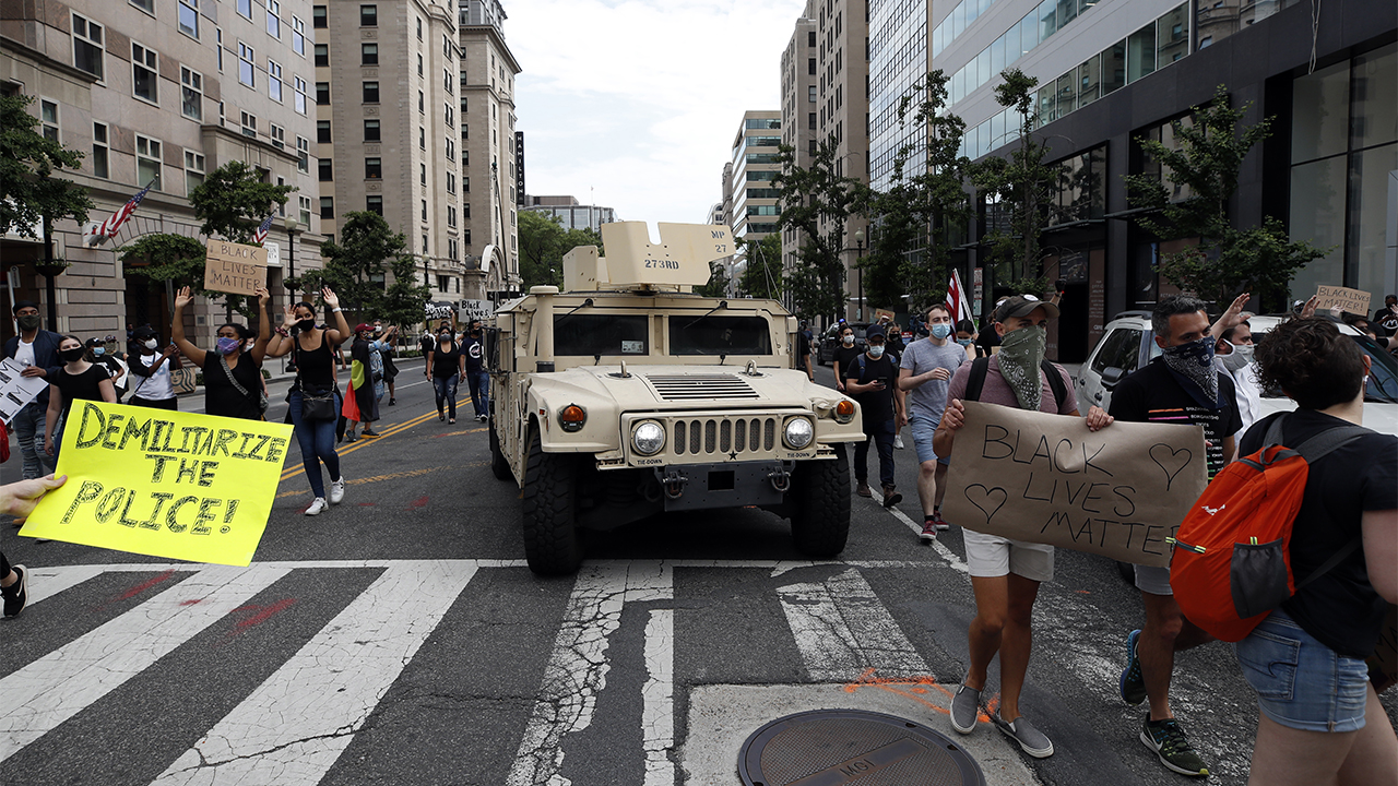 900 active duty military police sent to DC area for protests are being sent home Friday - fox
