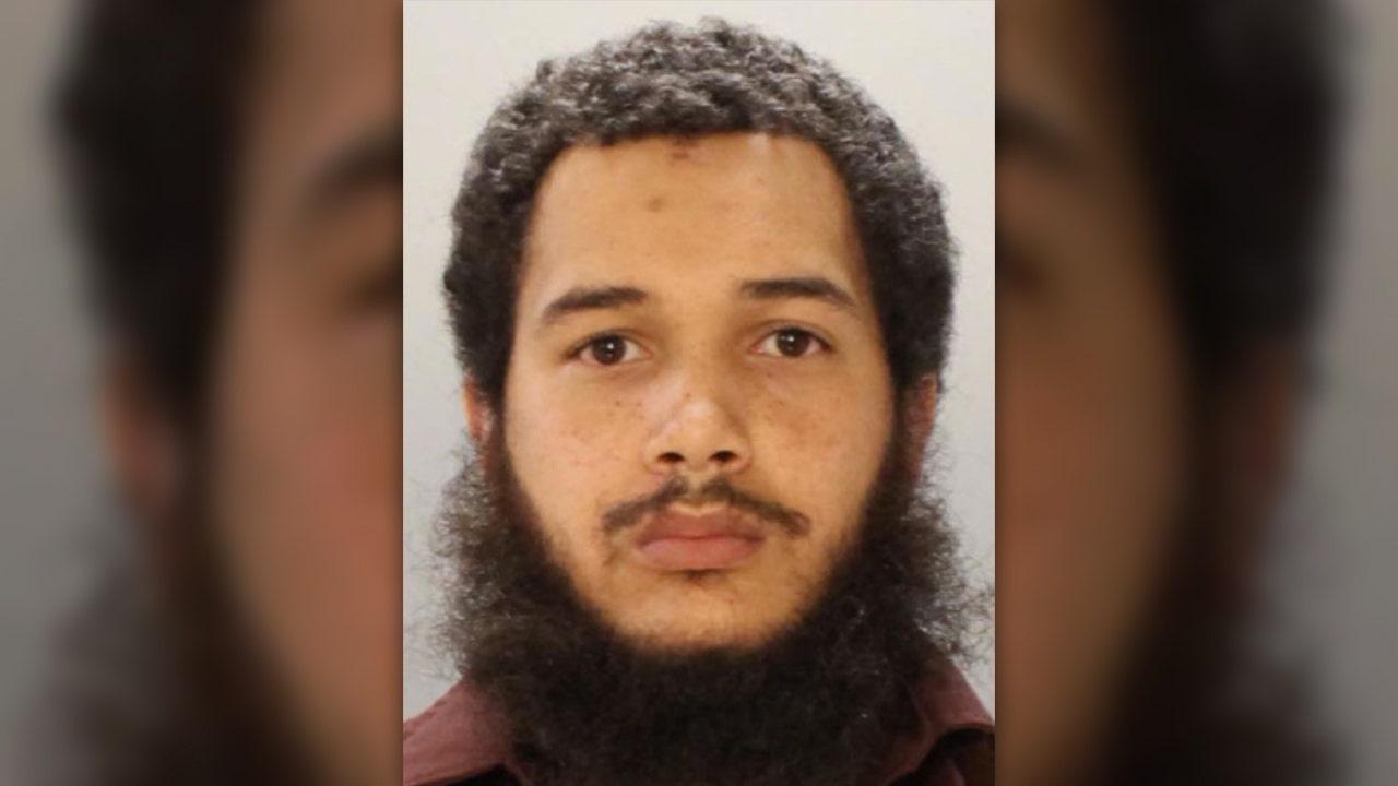 Professional hitman arrested in four Philadelphia fatal shootings: police thumbnail