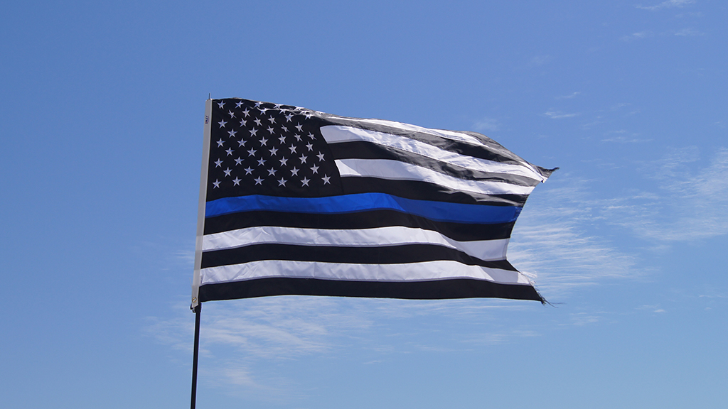 Westlake Legal Group Thin-Blue-Flag-iStock Ohio deputies raise 'Thin Blue Line' flag outside Justice Center after US flag stolen by protesters, sheriff says Louis Casiano fox-news/us/us-regions/midwest/ohio fox-news/us/crime/police-and-law-enforcement fox-news/person/george-floyd fox news fnc/us fnc de8d832a-3587-5953-b0ff-ad79d4fadb5a article