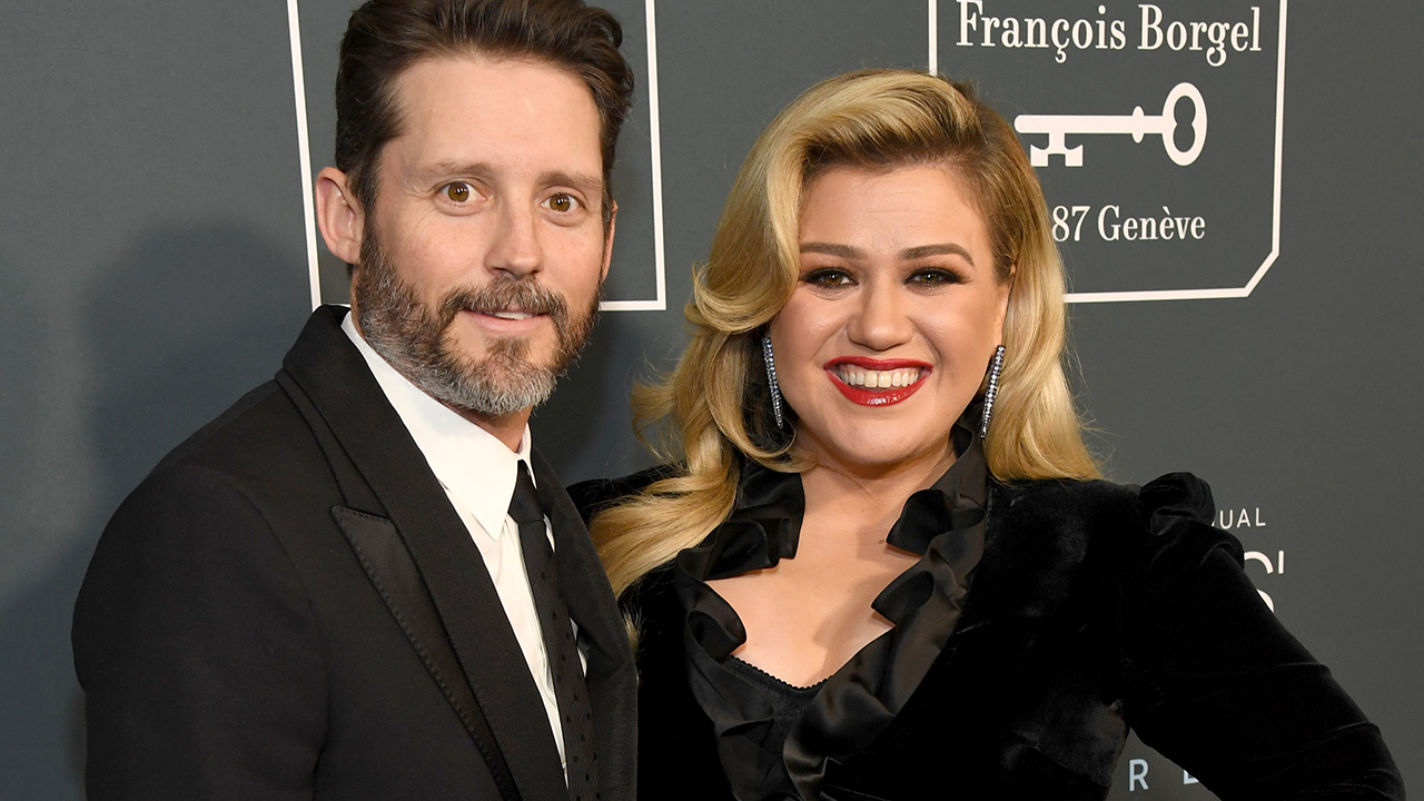 Kelly Clarkson 'didn't see' divorce coming