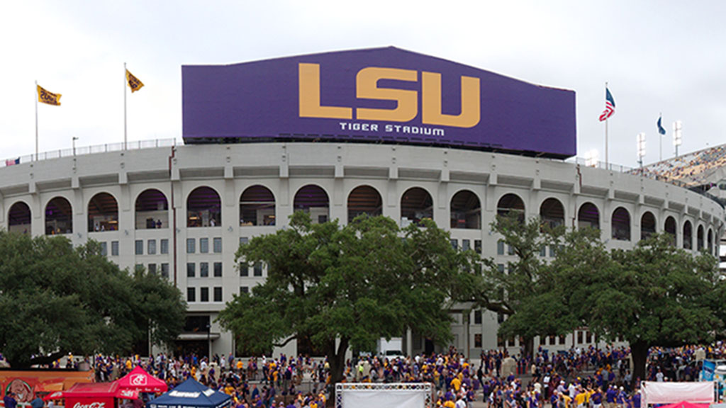LSU unenrolling students for failing to comply with vaccine rules