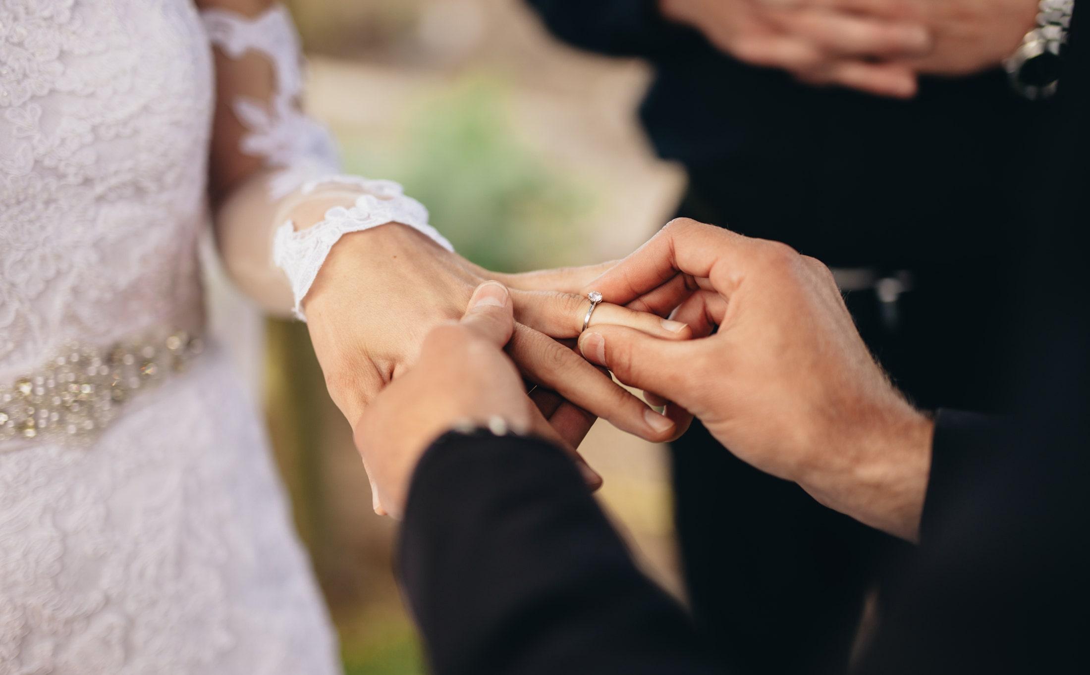 Couple who scrapped wedding due to coronavirus buys camper van instead - fox