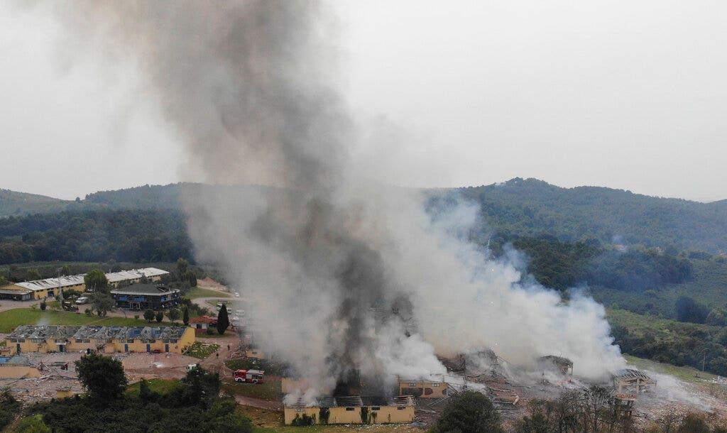 Ít nhất hai người chết, hàng chục người bị thương như vụ nổ nhà máy pháo hoa Thổ Nhĩ Kỳ