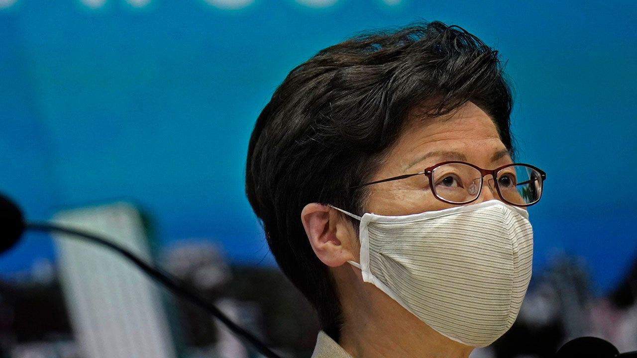 Carrie Lam: Hồng Kông cung cấp dịch vụ xét nghiệm coronavirus một lần, miễn phí cho tất cả người dân