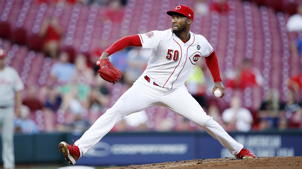 Reds' Amir Garrett addresses his support for law enforcement: 'It's possible to not like 1 bad cop and love another'