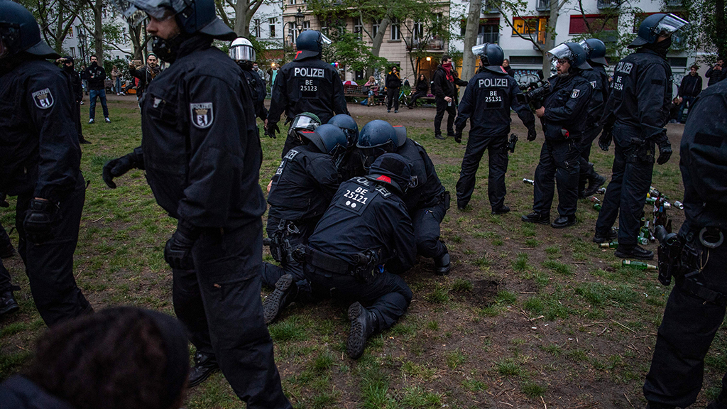 Đức xé nát nghiên cứu về hồ sơ chủng tộc của cảnh sát