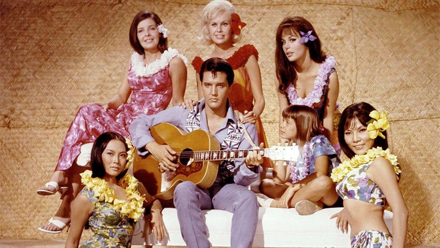 Bạn diễn của Elvis Presley, Irene Tsu, nhớ lại việc kết bạn với nhà vua trên phim trường: 'Anh ấy rất hào phóng và chu đáo'