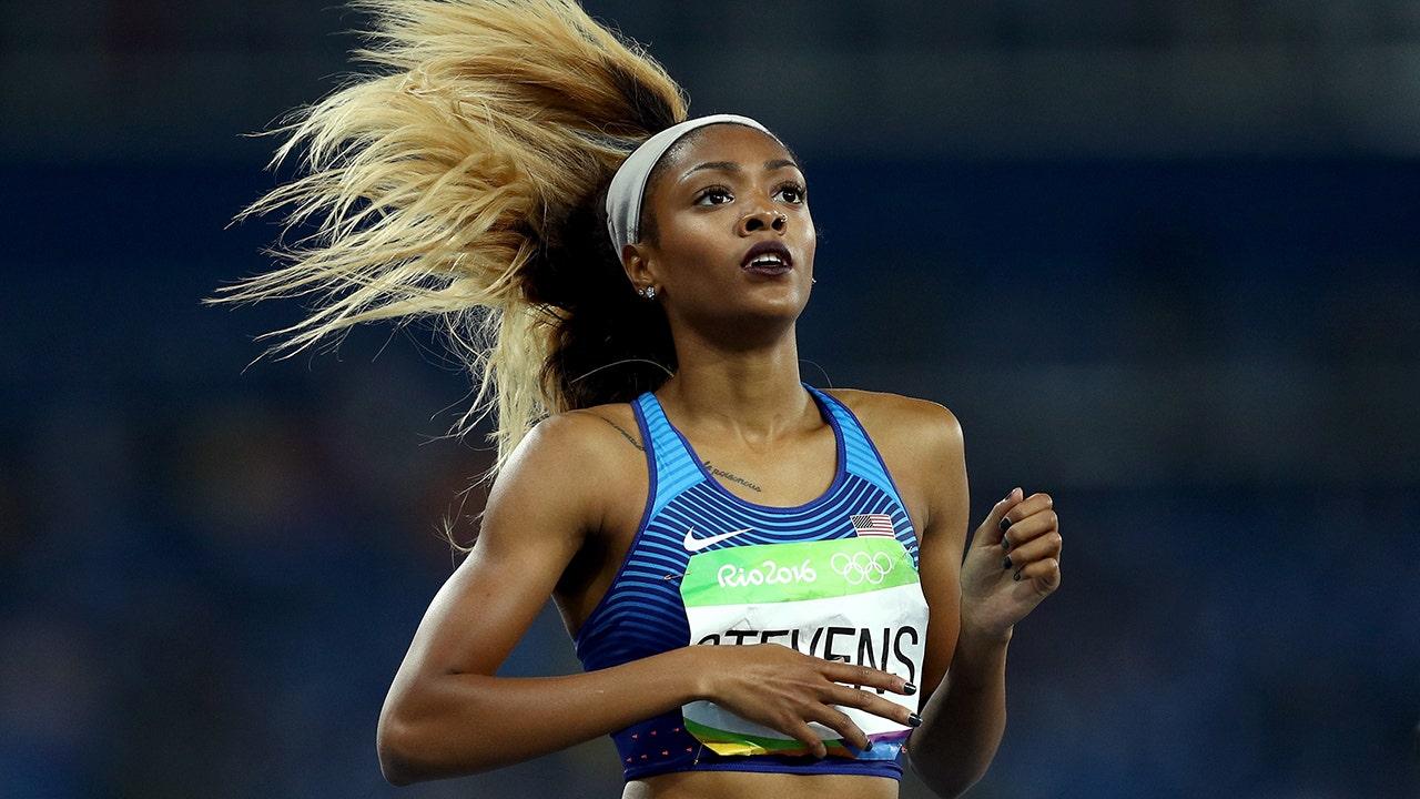 Vận động viên chạy nước rút Olympic Deajah Stevens bị cấm 18 tháng vì bỏ lỡ bài kiểm tra