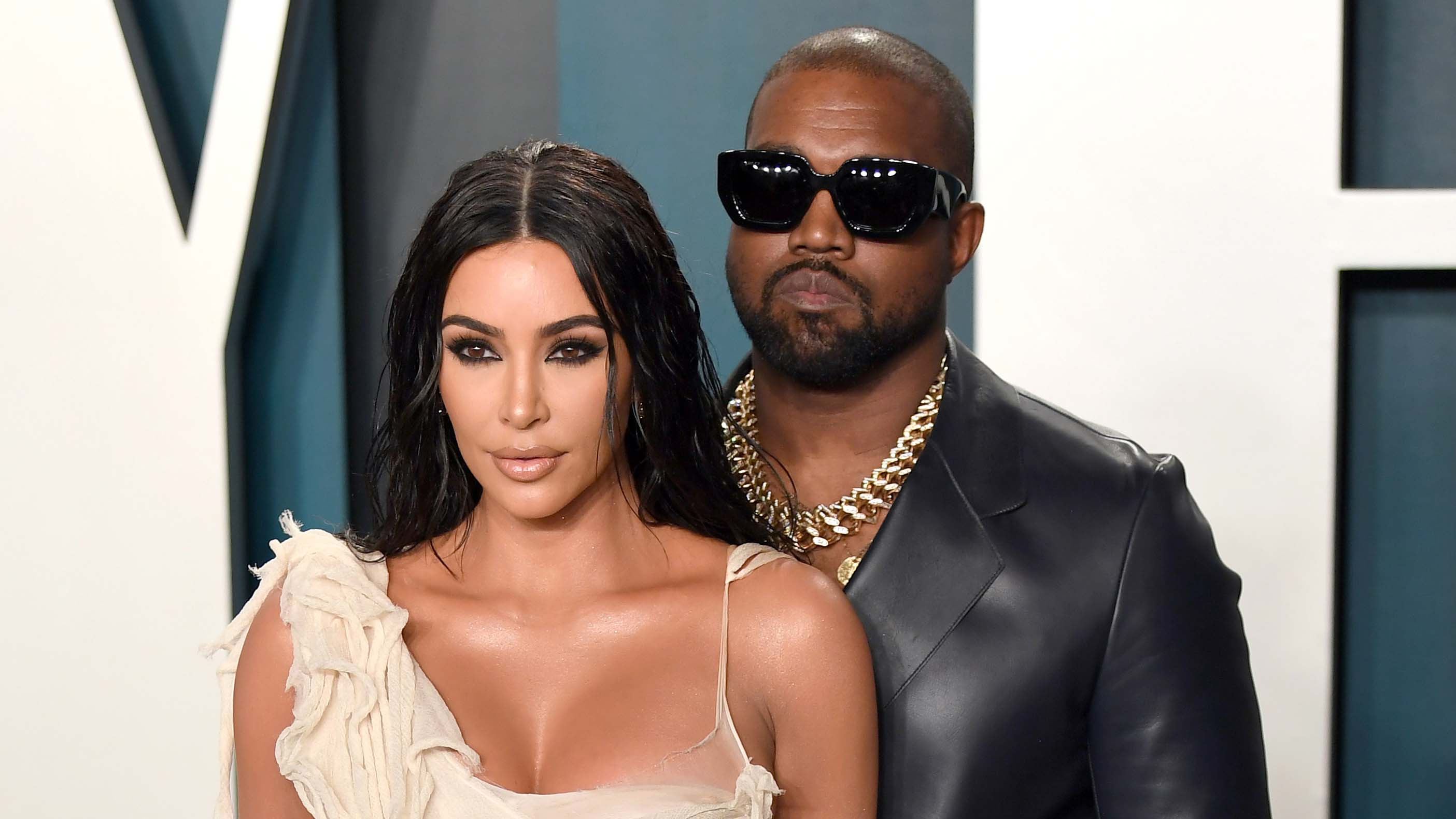 Kanye West issues public apology to wife Kim Kardashian following Twitter rant – Fox News