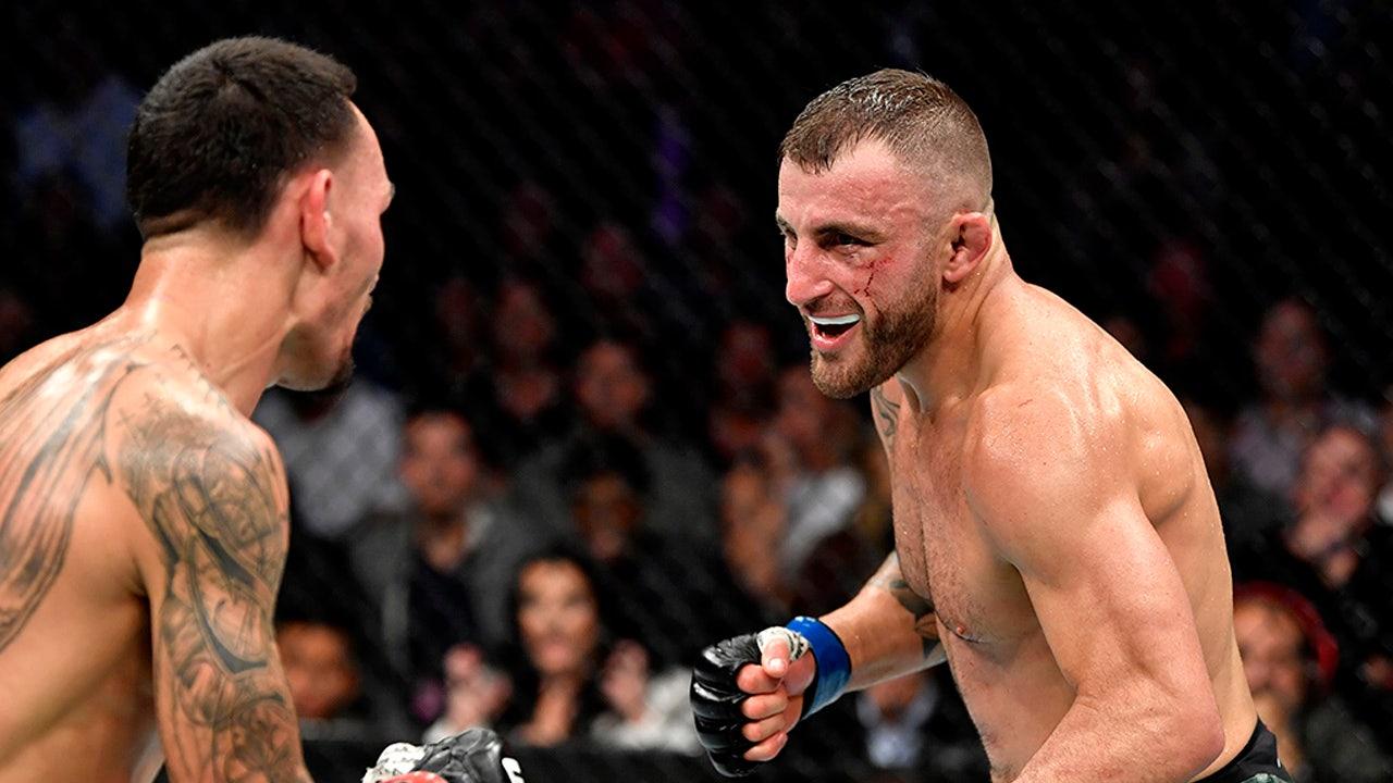 Volkanovski giữ lại danh hiệu UFC, Yan nắm lấy đai bantam weight