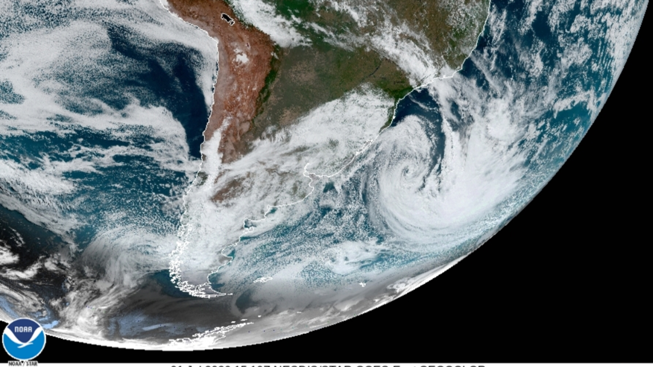 Cyclone kills 9, causes floods and damage in southern Brazil