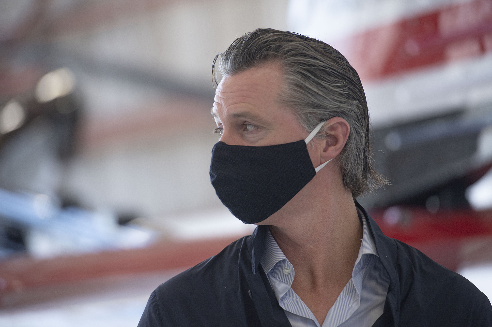 California Gov. Newsom endorses double-masking, pledges not to follow Texas' example