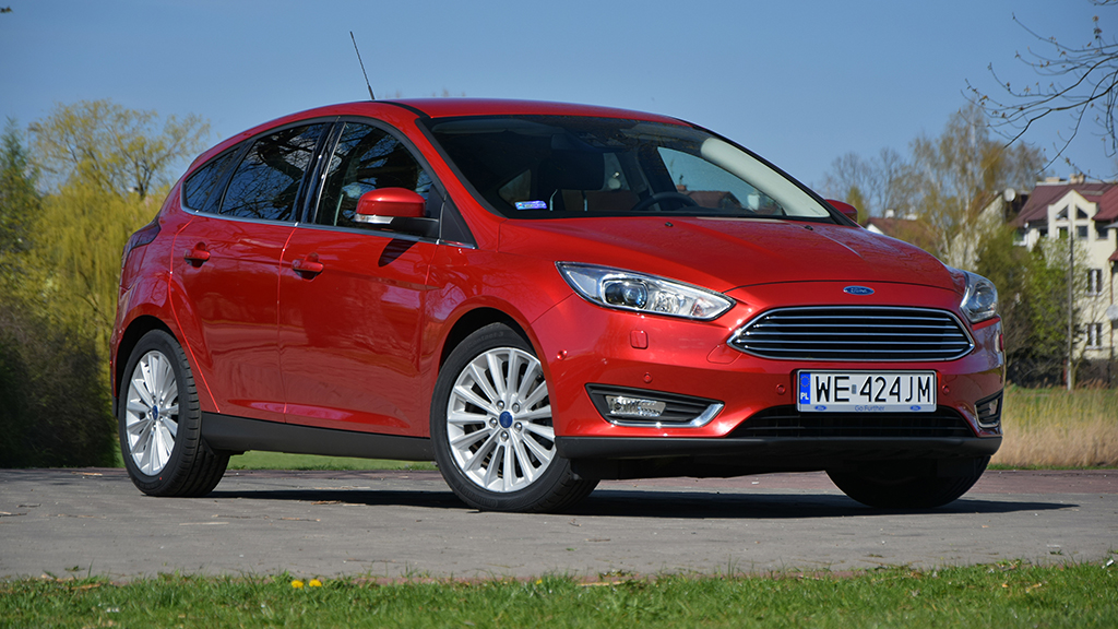 Đồng hồ camera tốc độ không đúng chức năng Ford Focus sẽ chạy 437 dặm / giờ, tài xế đã bán vé hơn $ 1.000, báo cáo cho biết