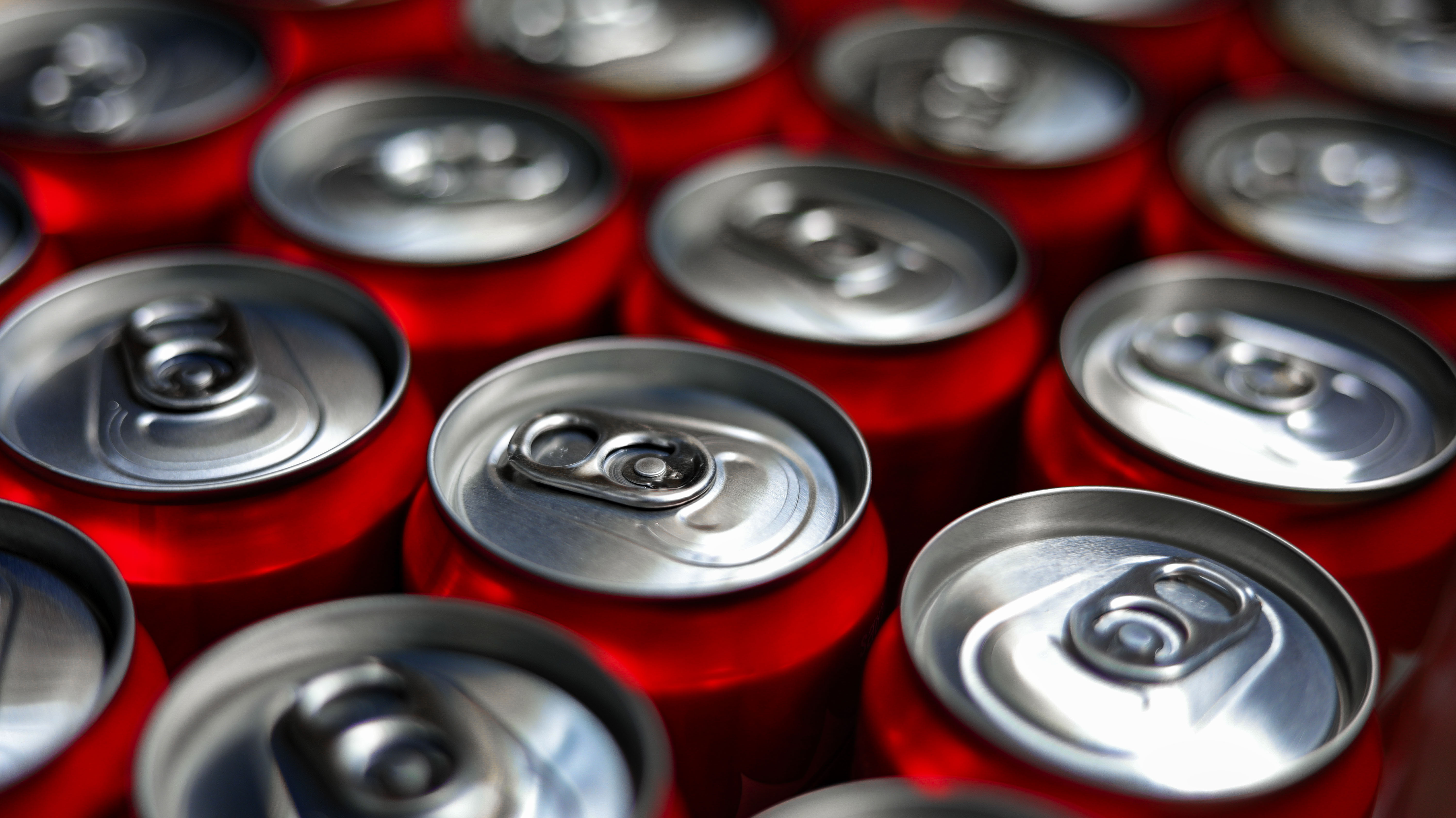 Soda flavors disappear from store shelves due to aluminum can shortage: report
