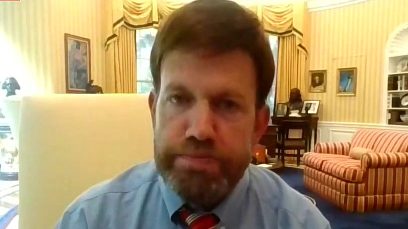 Trump must watch his language to get Americans behind SCOTUS choice, Frank Luntz says