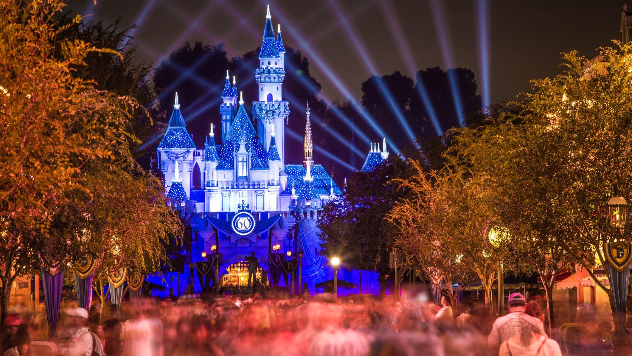 Disneyland: report