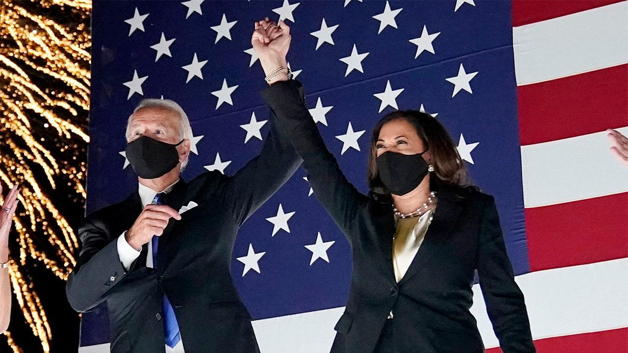 Biden bungles Dem ticket, refers to 'Harris-Biden administration' in campaign speech thumbnail