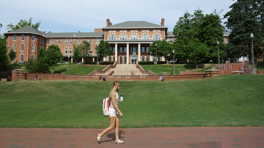 NC State moves classes online after off-campus parties spread COVID-19 thumbnail