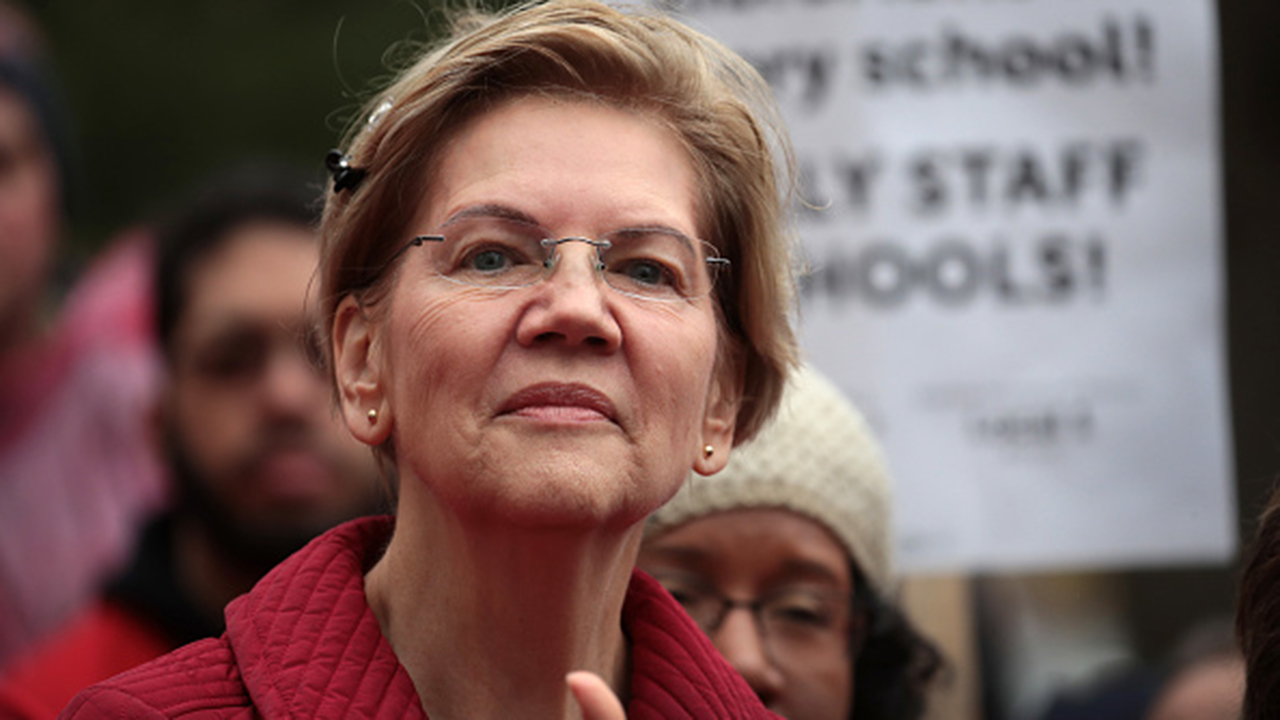 Elizabeth Warren says she will run for reelection to Senate in 2024
