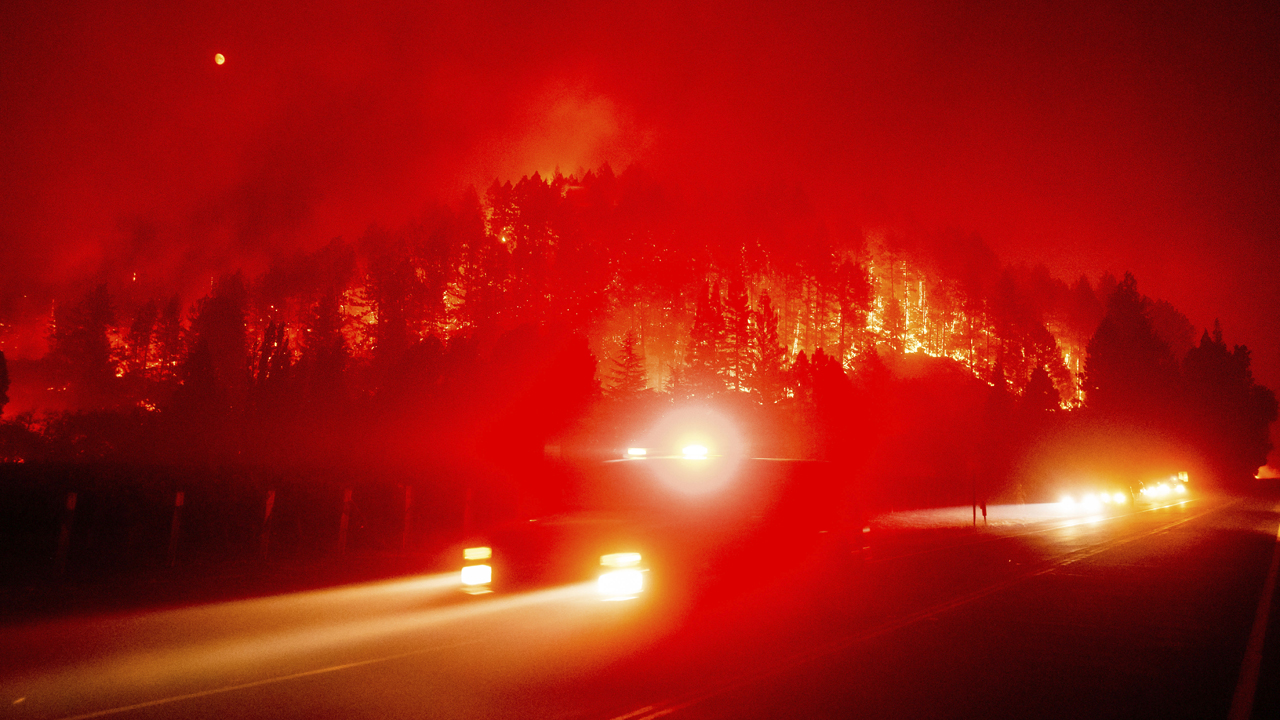 Wildfire-plagued West faces more heat as stormy conditions head East - fox
