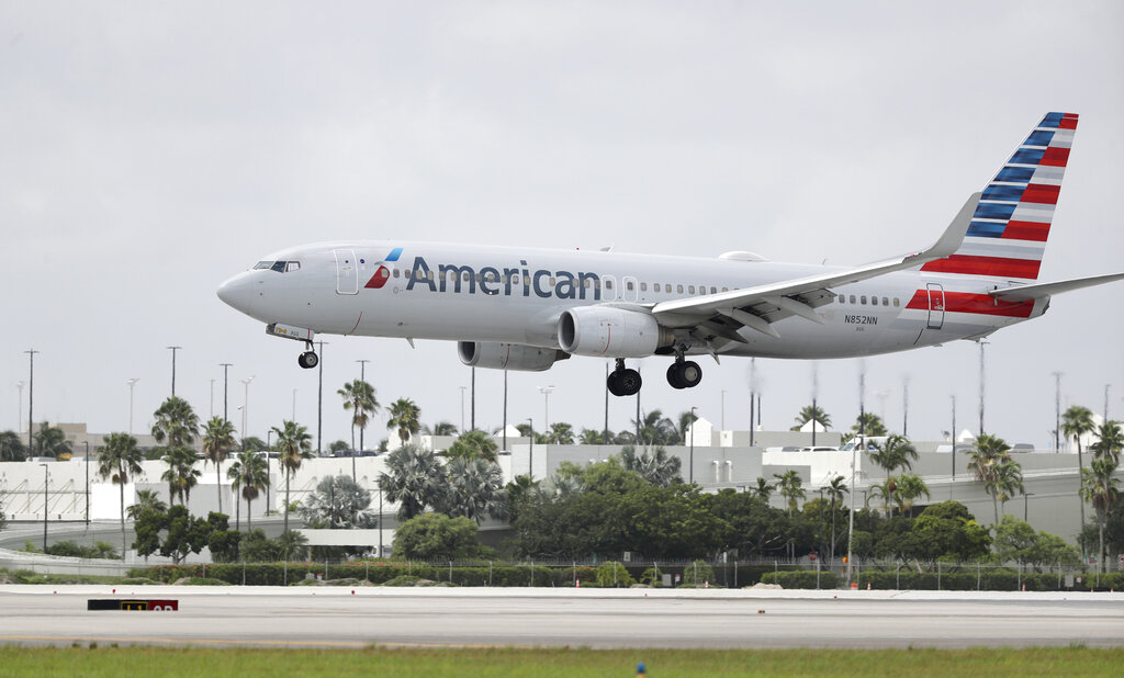 American Airlines allows crewto wear 'BLM' pin, sparking backlash from some members thumbnail
